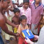 2005- SLOver 200 boxes were collected and delivered to children in Sri Lankan tsunami refugee camps
